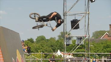 bmx freestyle tricks fiets cross