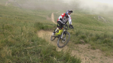 Downhill mountainbiken